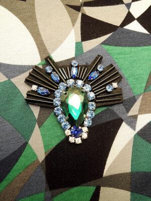 Аппликация черная с синим хрусталем и изумрудным кристаллом (t0348) К-броши и декоры2 - Фото 13