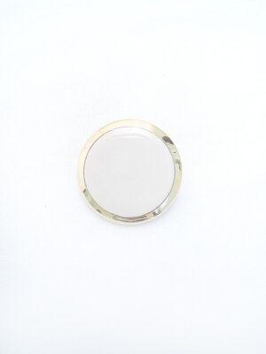 Пуговица пластик круглая плоская на ножке молочно-белая с золотой каймой (p0367) - Фото 13
