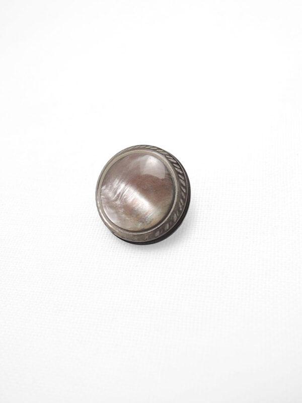 Пуговица пластик на металлической ножке круглая серо-коричневый перламутр (p0471) - Фото 6