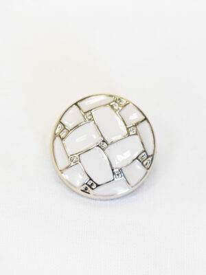 Пуговица пластик белая эмаль с серебристыми вставками (р1000) - Фото 16