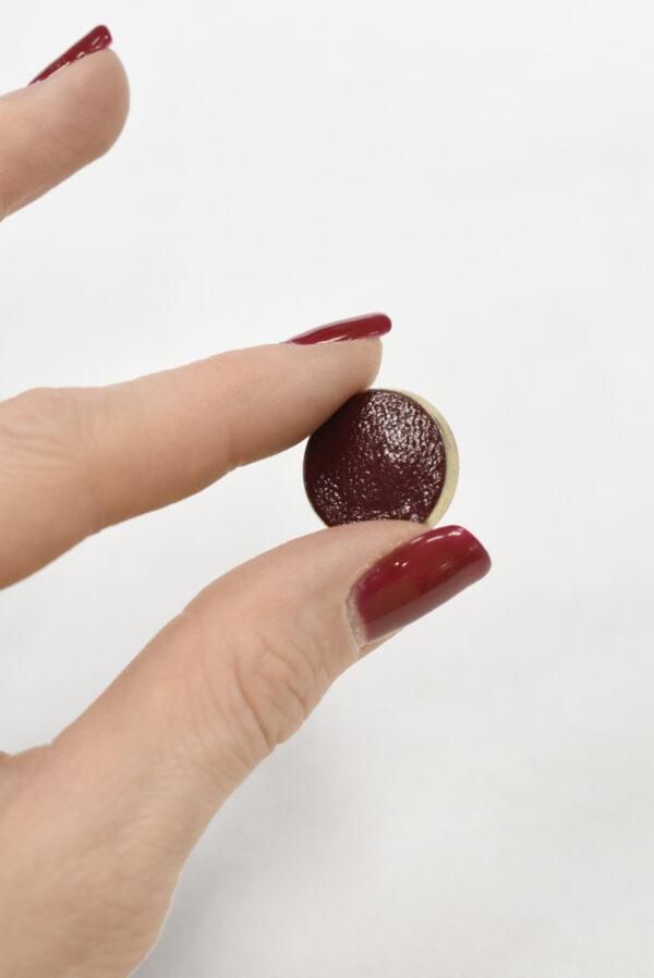 Пуговица маленькая обтянута бордовой кожей (р1122) - Фото 9