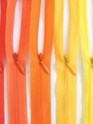 Молния 50см-60см потайная один бегунок пластик м3 на хлопковой тесьме Riri - Фото 9