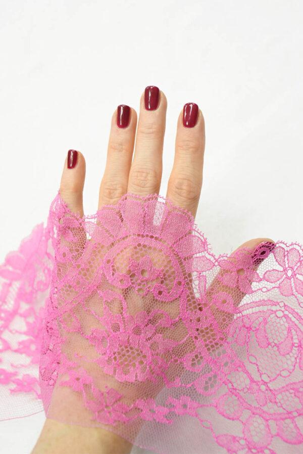 Кружево отделочное розовое орнамент цветы 2