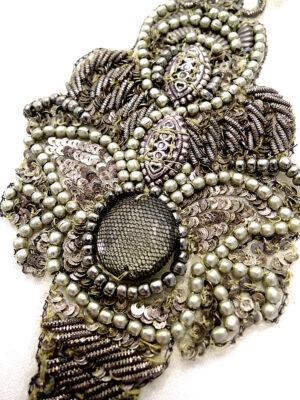 Аппликация пришивная бронзовая c вышивкой бисером и пайетками (t0307) К-броши и декоры2 - Фото 10