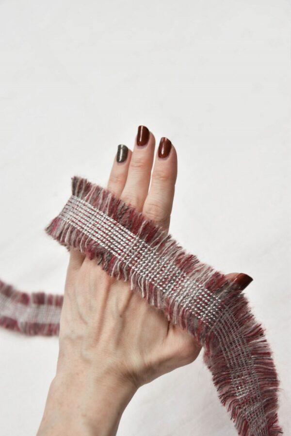 Тесьма шерсть рубиновая с эффектом меланж и бахромой (t0557) т-6 - Фото 8