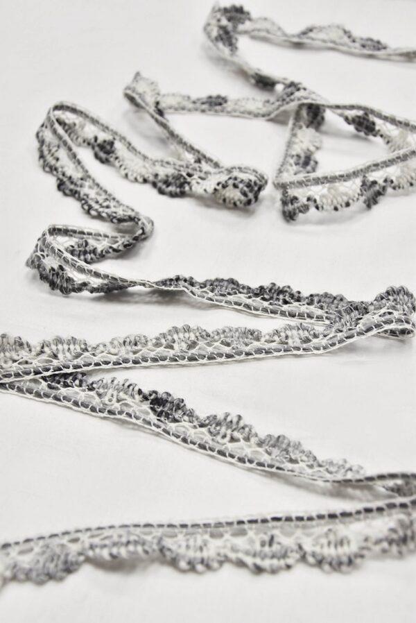 Тесьма шерсть кружевная бело-серая ажурная (t0633) т-5 - Фото 6