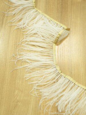 Перья страуса светло-бежевые