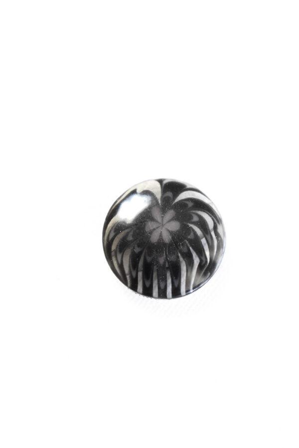 Пуговица пластик темно-серая полупрозрачная с мелким цветочком (р1281) - Фото 6
