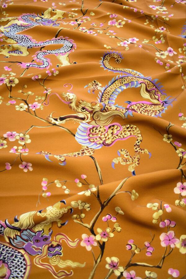 Шерсть плательная терракотового цвета с драконами и сакурой (9295) - Фото 6