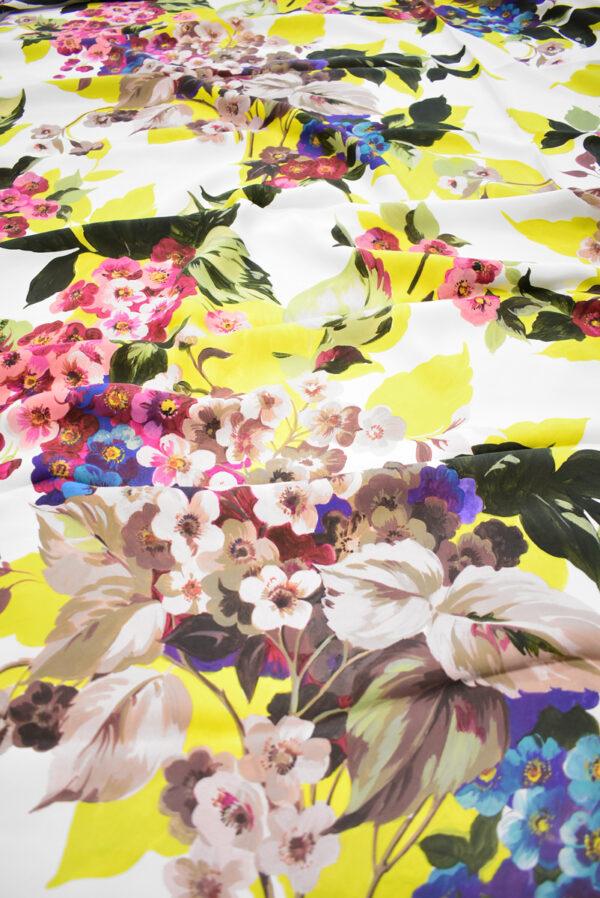 Кади с цветами и листьями на белом фоне (9297) - Фото 6