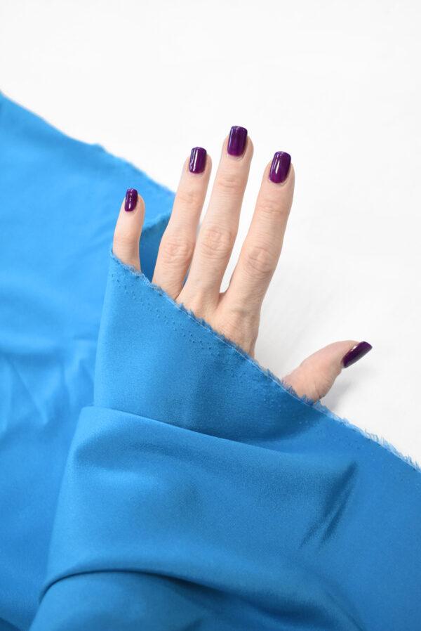Шелк стрейч ярко-голубого оттенка (9394) - Фото 10