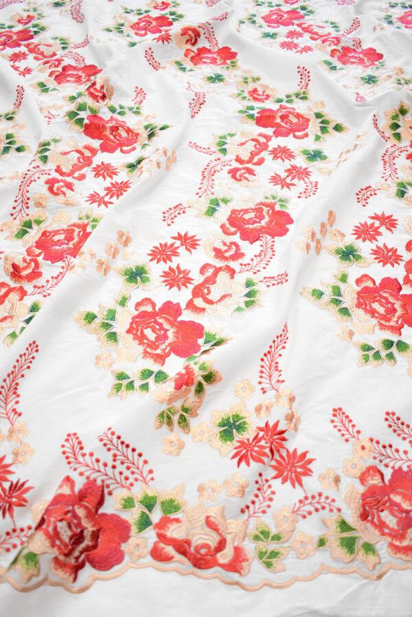 Вышивка ярко-красные цветы на белом фоне (9423) - Фото 6
