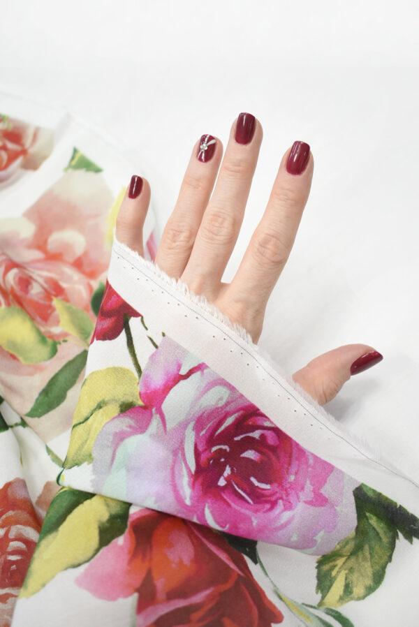 Креп белый с акварельными розами (9638) - Фото 7