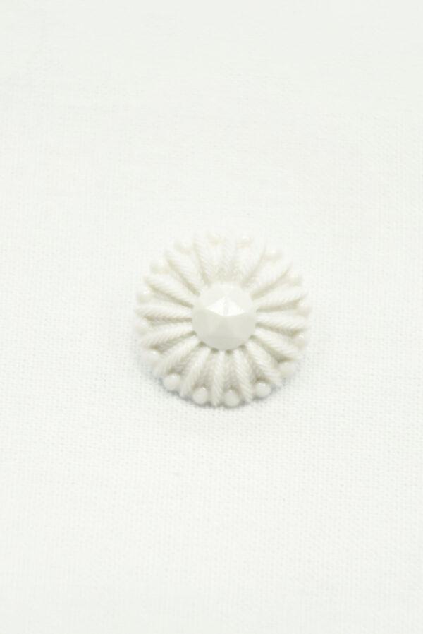 Пуговица пластик молочно-белая в виде цветка (р1417) - Фото 6