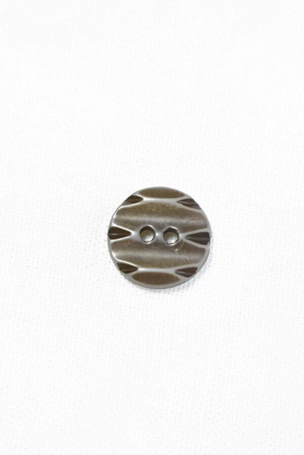 Пуговица пластик коричневая с резным узором (р1433) - Фото 6