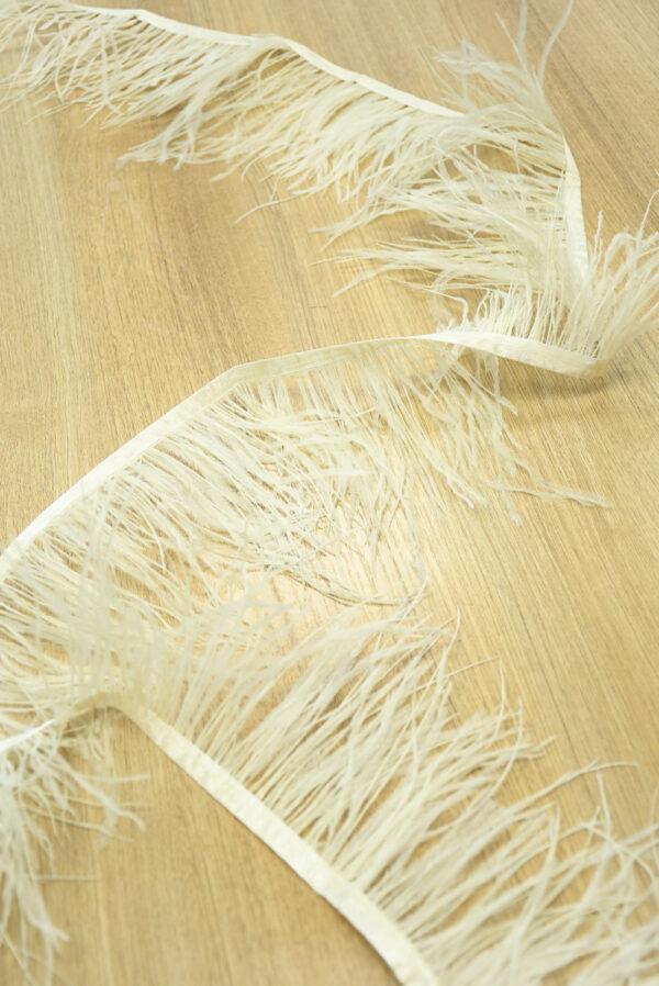 Перья страуса ванильного оттенка (t0804) т-26 - Фото 9