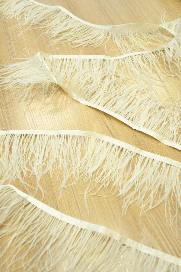 Перья страуса ванильного оттенка (t0804) т-26 - Фото 6