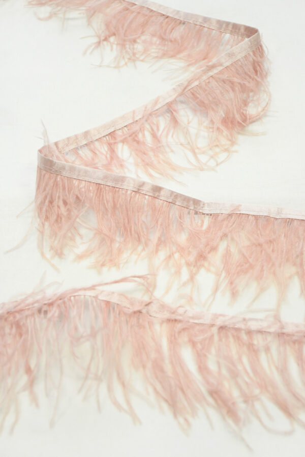 Перья страуса розовые (t0815) т-26 - Фото 6
