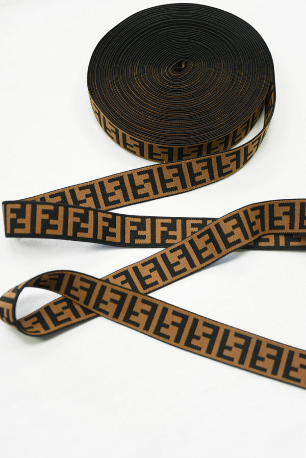 Резинка коричневая с черными буквами F (t0825) т-16 - Фото 6