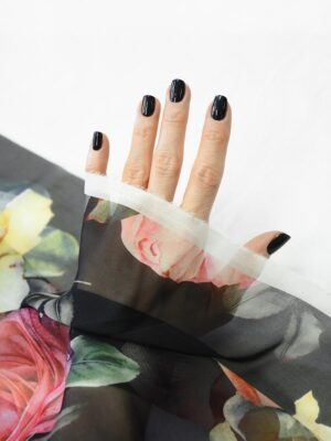 Шифон шелк черный с розами (10093) - Фото 13