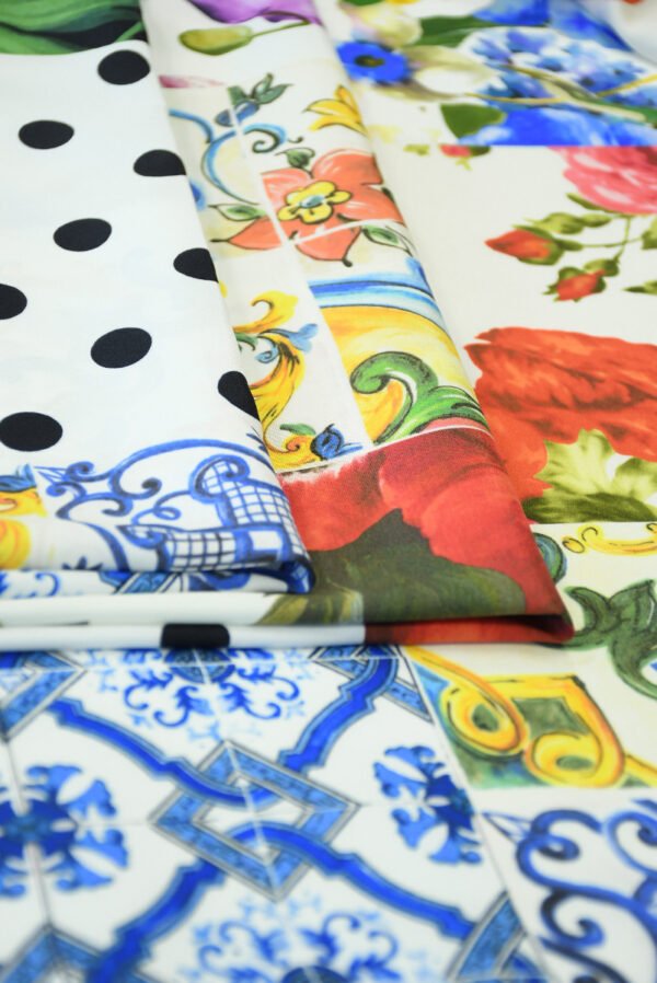 Шелк стрейч с майоликой и розами (10106) - Фото 8