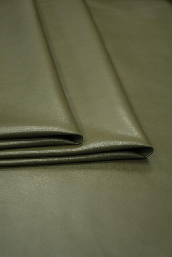 Экокожа стрейч оливковая гладкая (10170) - Фото 10