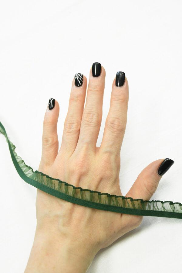 Рюша на резинке зеленая 3