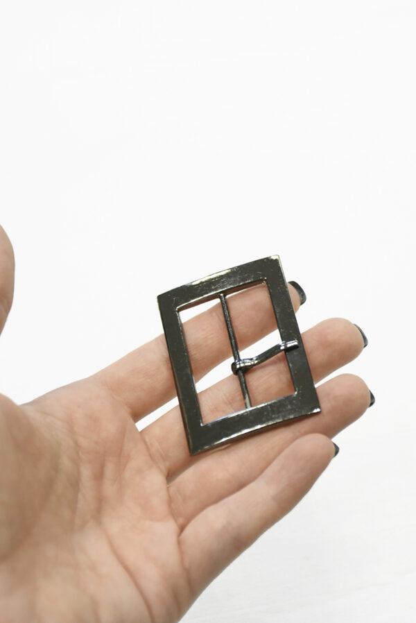 Пряжка металл блэк никель прямоугольная с язычком 2