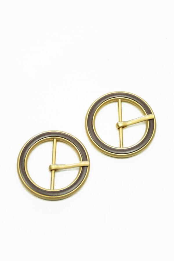 Пряжка круглая металл золото с коричневой эмалью 3