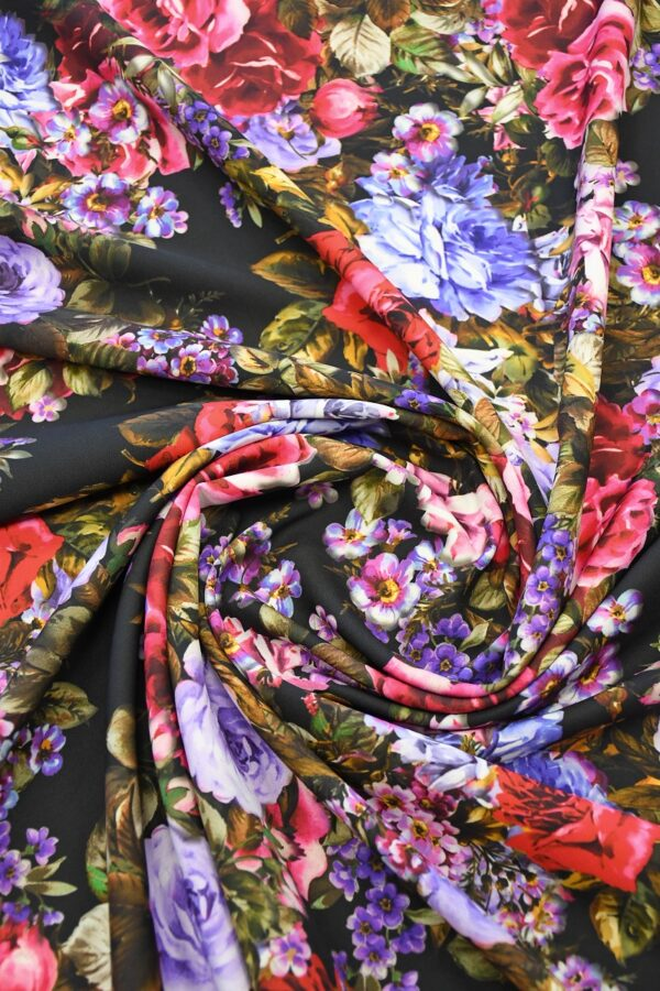 Кади черный с яркими розами и пионами (10303) - Фото 8