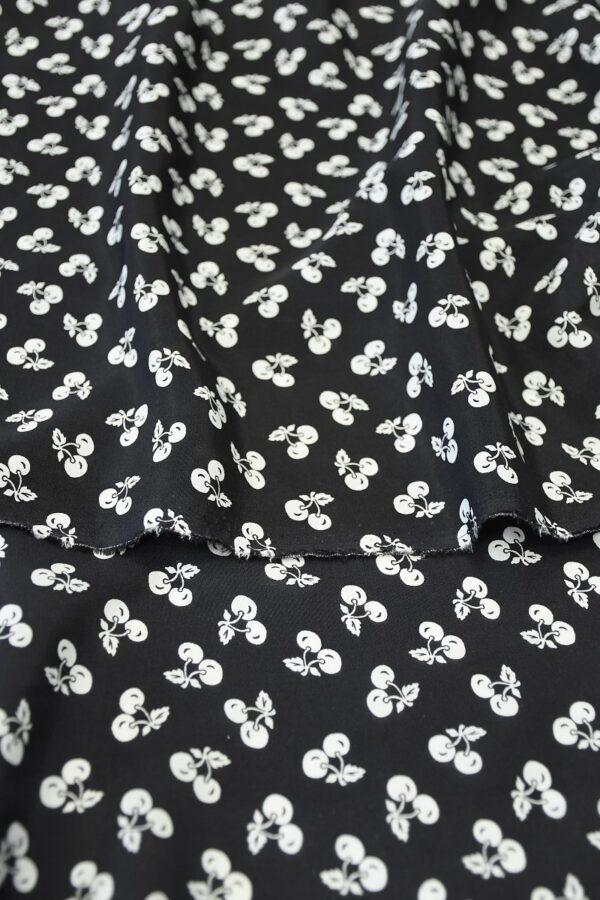 Шелк черный с мелкими белыми вишнями (10307) - Фото 10