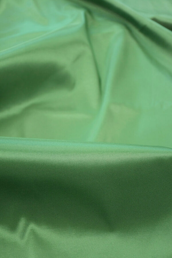 Подклад стрейч зеленый 3