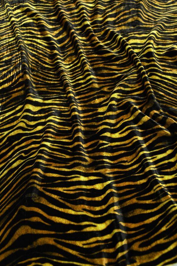 Бархат шелковый с тигровым узором 7
