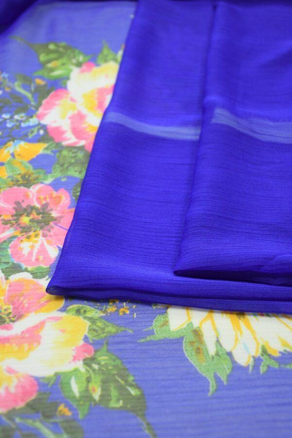 Шифон креш ярко-синий с каймой из цветов (10348) - Фото 8