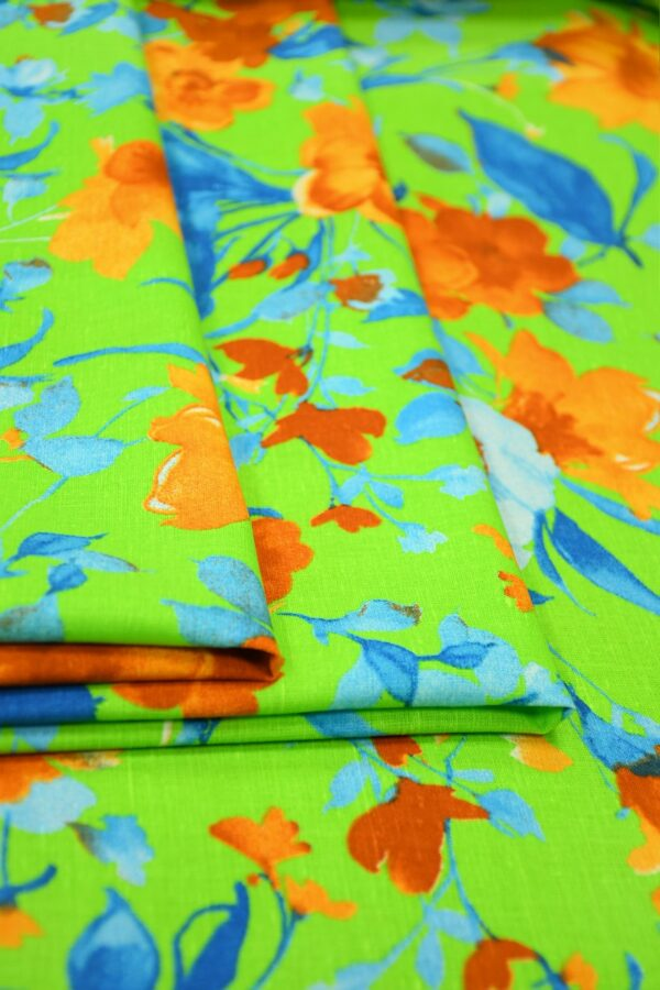 Лен салатовый с оранжевыми и голубыми цветами 4