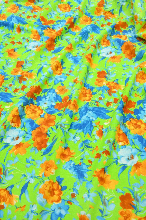 Лен салатовый с оранжевыми и голубыми цветами