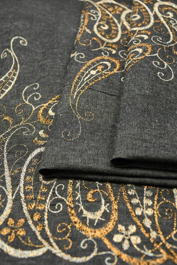 Джинс серый с вышивкой люрексом 2