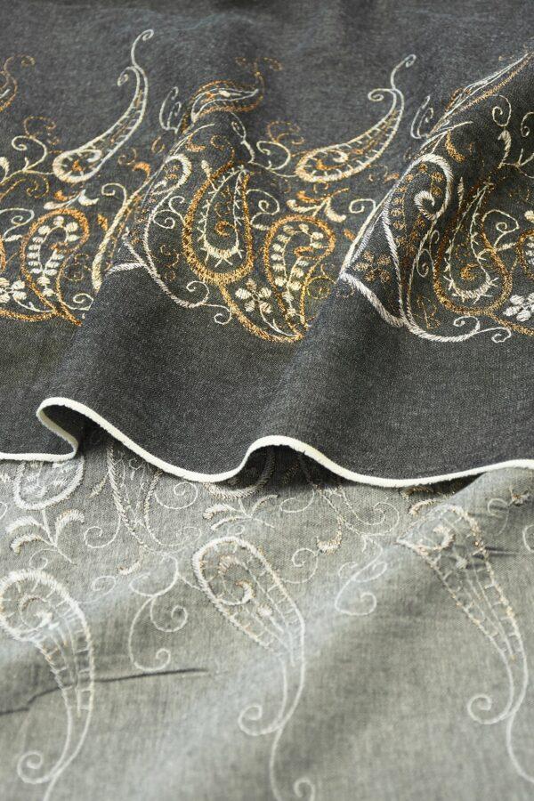 Джинс серый с вышивкой люрексом 1