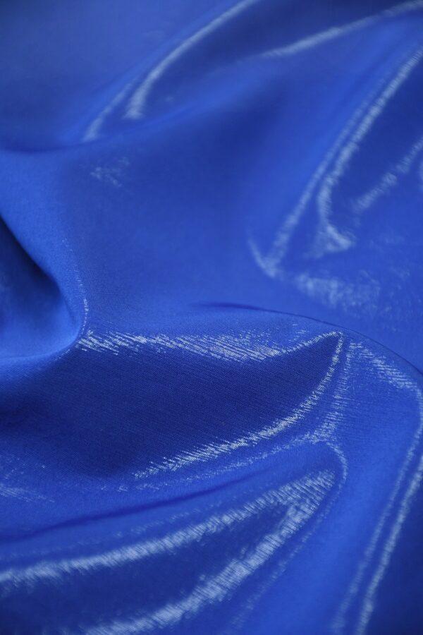 Плательная ткань синяя с эффектом воды 4