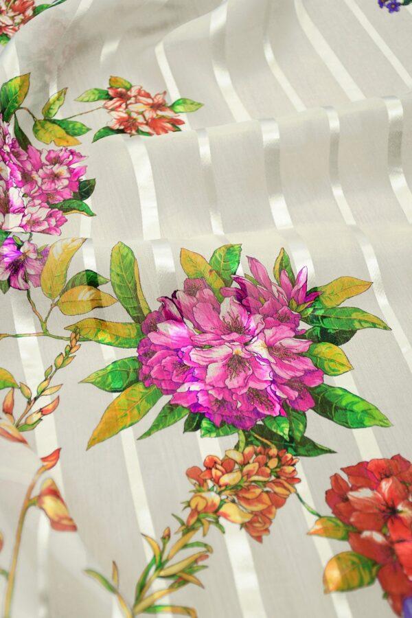 Шифон деворе с яркими цветами и полоской 5