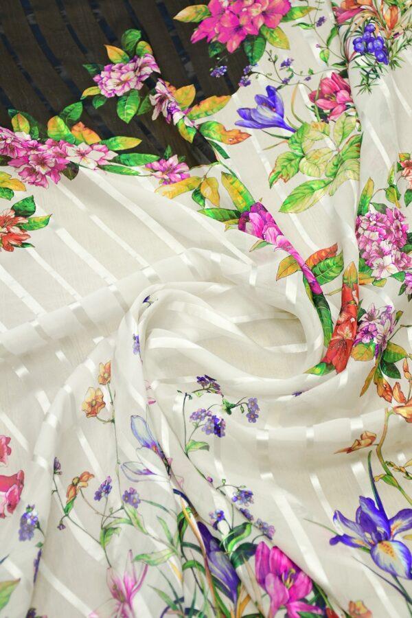Шифон деворе с яркими цветами и полоской 3