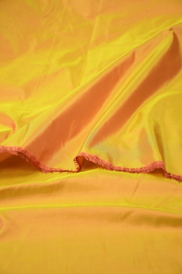 Тафта шелк хамелеон оранжевая с желтым 4
