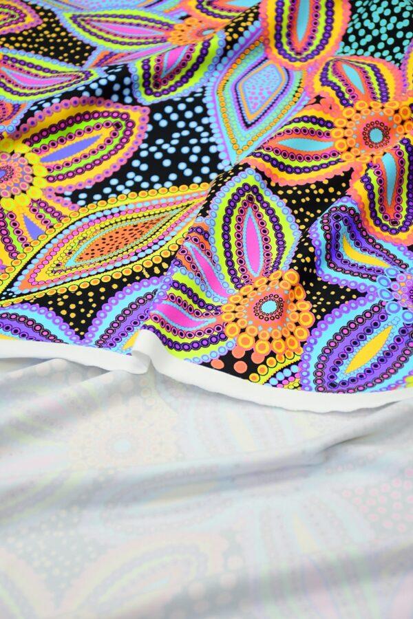 Бифлекс синий с цветами и узором пейсли 3