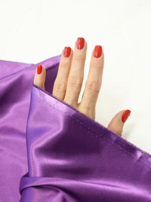 Атлас стрейч фиолетовый 1