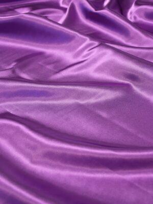 Атлас стрейч фиолетовый