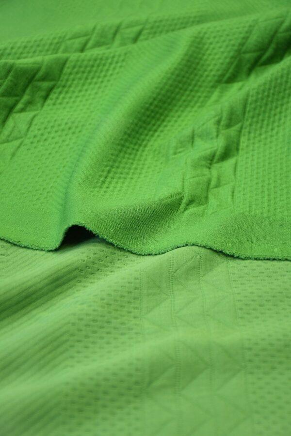 Джерси зеленый с фактурным узором 4