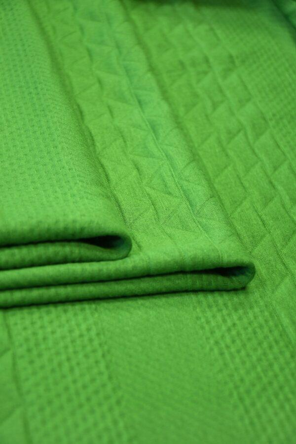 Джерси зеленый с фактурным узором 3