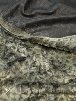 Дубленка черная с эффектом кракелюра и стриженым мехом