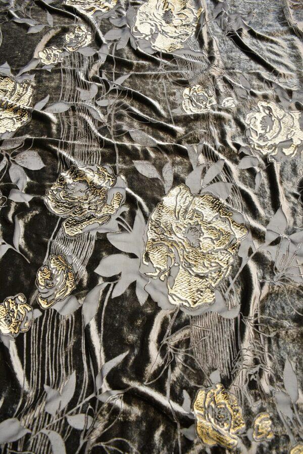 Панбархат графитно-коричневый с золотыми розами (10597) - Фото 6