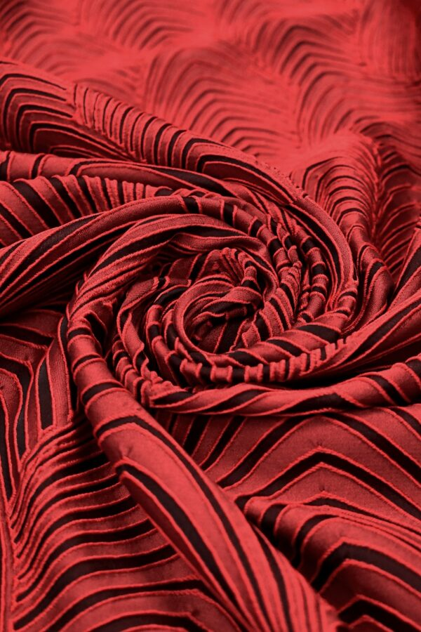 Жаккард купон черно-красный фактурный